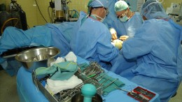 Orthopedics surgery - Photo by: The U.S. Army - Source:Flickr Creative Commons