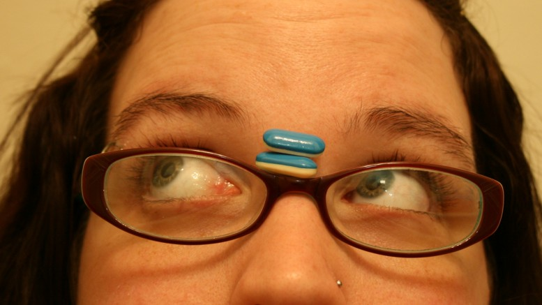 Adolescents and pills - Photo by: me and the sysop - Source: Flickr Creative Commons